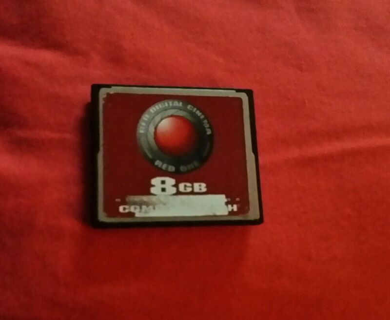 Red one camera 8gb cf card + Free Gift!