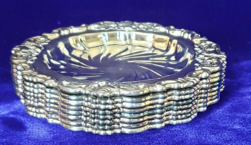 """Wallace Barique Silver Plated Coasters Number 743 Measure 4 1/4"""" in diameter"""