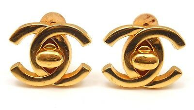 CHANEL VINTAGE F LARGE GOLD TONE CLIP-ON DOUBLE C SIGNATURE LOCK EARRINGS