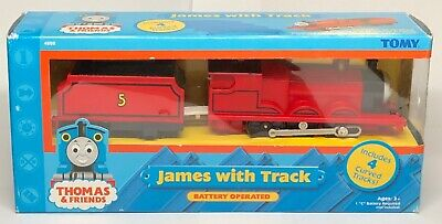 Thomas & Friends Trackmaster Motorized Train and Tender James #5 Tomy 2002
