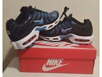 NEW NIKE TN ESSENTIAL TRAINERS - COMES WITH BOX - UK SIZES: 7, 9 & 10 AVAILABLE