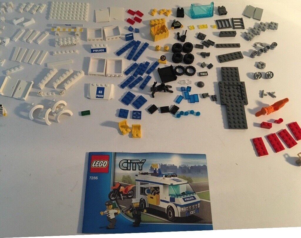 LEGO City 7286. Prisoner Transport. 100% Complete