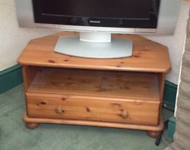 Traditional Antique Pine TV Corner Unit Stand Solid Wood with Storage Drawer