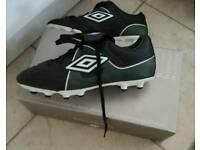 Umbro football boots size 4