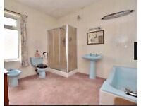 Retro turquoise 4 piece bathroom suite 1970's