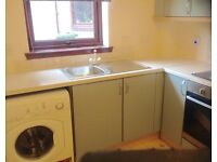 LARGE TWO BEDROOM UNFURNISHED FLAT CENTRAL TILLICOULTRY