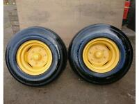 Agricultural trailer wheel units