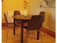 Round Table (Black)