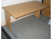 Office desk and 2 matching mobile 3 drawer pedestal units