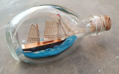 "*SCHOONER SHIP in Miniature/Small Three Sided Dimple Bottle* 3½"" x 1¾"" x 2""- VGC"