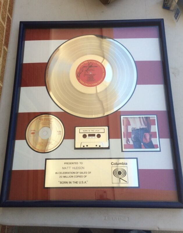 """BRUCE SPRINGSTEEN """"BORN IN THE USA"""" 20x24 FRAMED SALES AWARD """"columbia"""""""