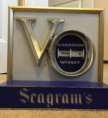 Vintage Seagram's VO Canadian Whisky Lighted Bar Sign Display