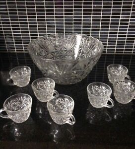 New large sized punch bowl with glasses