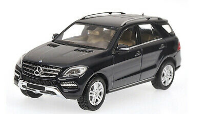 1:43 Mercedes M500 2011 1/43 • MINICHAMPS 400030100 #