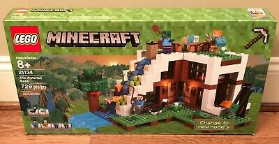 LEGO Minecraft The Waterfall Base 21134, Brand New - Retired!