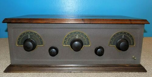 Stewart Warner Model 300 Battery Radio Set w/ 5 C-301A Tubes