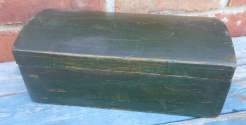 Good Good Antique New England Dome Top Wood Storage Box With Green Paint