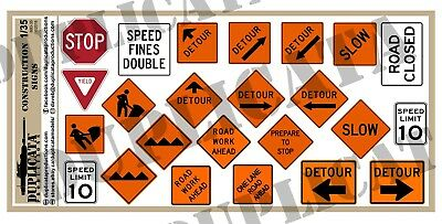 Highway Construction Signs - Diorama/Model Accessory - 1/35 Road/Highway Construction Signs