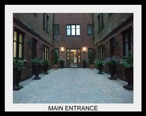 Queen Mary Courtyard - Art Deco Apartments restored!
