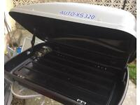 Auto XS-330 roof box