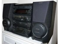 Sony Compact Hi-Fi Stereo System Inc Turntable Cassette & CD + Speakers & Remote