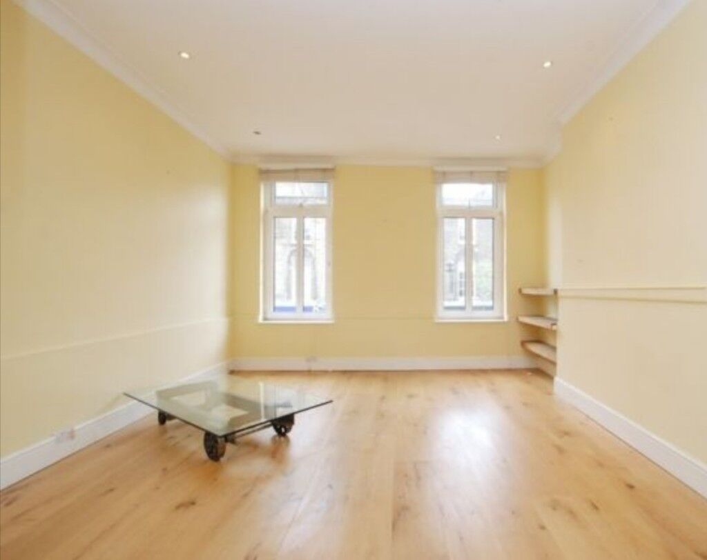 LOVELY SPACIOUS DOUBLE ROOM MINS AWAY FROM TOWER BRIDGE TUBE STATION, £150P/W. CALL; 07506726838