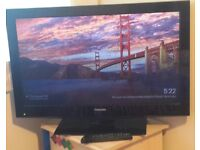 "Toshiba 32BV502B 32"" HD LCD Colour Television with freeview"