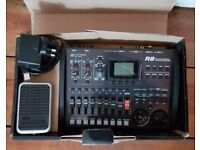 Portable digital 8-track recorder Zoom R8 with foot switch for sale