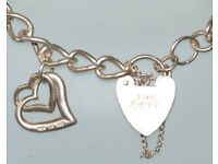 "STUNNING VALENTINE GIFT STERLING SILVER CURB BRACELET SAFETY CHAIN LOCKET FULLY HALLMARKED 8""LONG"