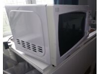 Currys Essential Microwave, 700W D.
