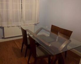 Short term home office / desk space available for hire during the day
