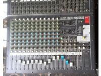 Fender PX-22120 powered mixing console. Spares or repairs