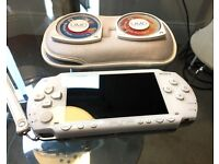 PSP Sony Playstation Portable + Games (Wipeout)
