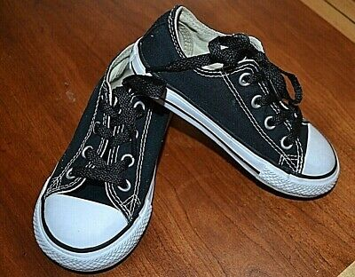 Converse All Star black canvas lo-top shoes toddler sz 7