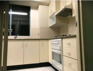 Cheap covered room $120 at heart of Maroubra junction!!