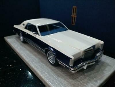 1/18 model car Lincoln Continental Mark V  White Blue  Brand New FedEx