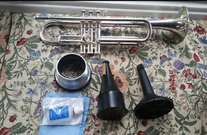 Yamaha YTR-2330-S Silver Plate Trumpet Bflat Parkdale Kingston Area Preview