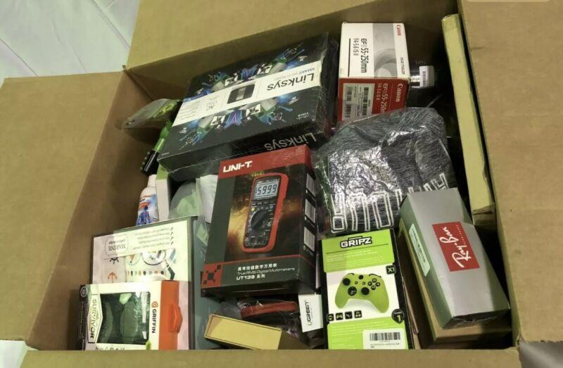 Wholesale lot Of Amazon Returns General Merch Reseller Pallet bundle Lots
