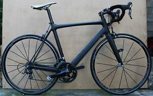 ROAD BIKE FULL CARBON WITH SHIMANO 105 GROUPSET EXC.COND Heidelberg Banyule Area Preview