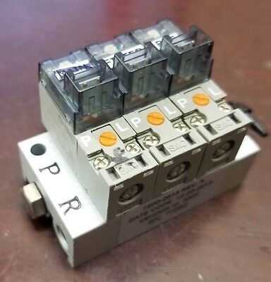 Smc Pneumatic Solenoid Manifold With 3 Sy124-610z 12vdc Port Valve