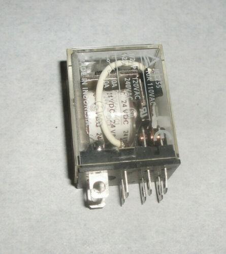 Omron 8 pin LY2 relay DPDT 10a 110v - 240v, 24 vdc coil