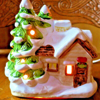"""Lighted Christmas House w/ lighted tree 6"""" wide x 53/4"""" tall"""