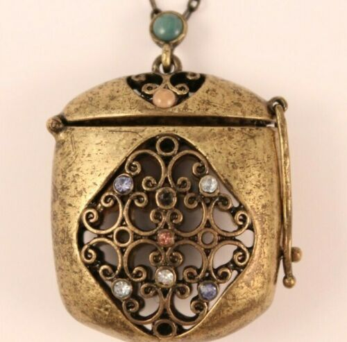 Vintage Ratio Purse Locket Trinket Pill Box Vinaigrette