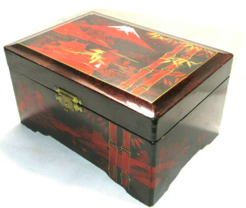Vtg Japanese musical jewelry box Lacquered hand-painted wood box hinged lid