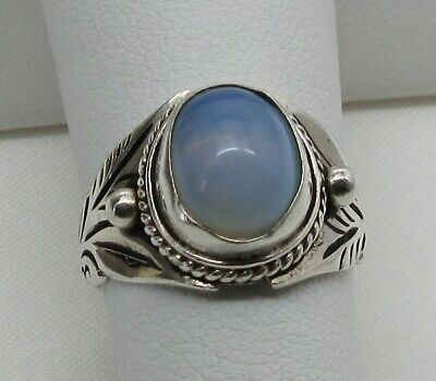 925 STERLING SILVER MOONSTONE Hand Tooled BALI Style Ring (SIZE: 5)- GORGEOUS!