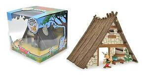 Brand New in original Box: Asterix House and Figure Armidale Armidale City Preview