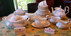 Royal Albert 'Haworth' 45 piece dinner service - lovely Balga Stirling Area Preview