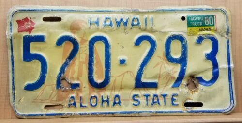 1976 Hawaii License TRUCK Plate Hibiscus King Kamehameha Diamond Head 520-293