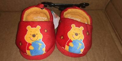 DISNEY WINNIE THE POOH BABY SLIPPERS SIZE 2 3 4 5 6 NWT Baby Boy or -