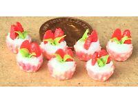 1:12 Scale 7 Loose Strawberry Cupcakes tumdee Doll House Miniature Dessert PL19